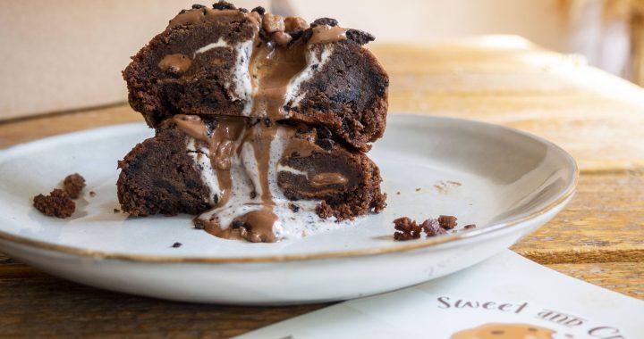 De lekkerste ambachtelijke koeken van Den Bosch bestel je bij Sweet and Crumbly